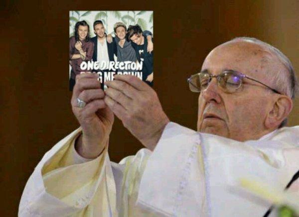 On devrait avoir une messe rien que pour nous ! Les One Direction c'est une religion !