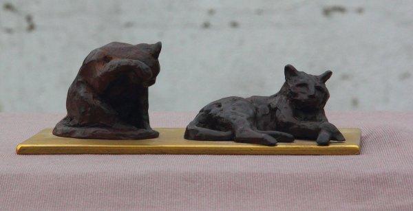 """""""Une vie de chats""""   Bronze sur socle laiton"""