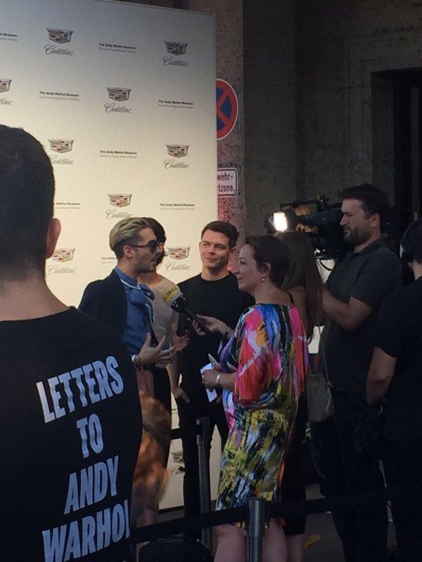 "Bill, Tom & Georg au ""Letters to Andy Warhol"" @Munich le 13.07.2017"