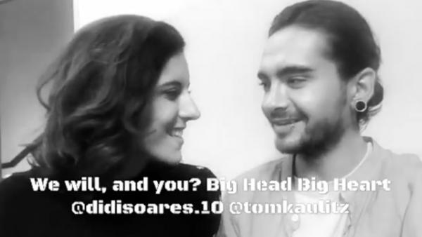 Tom Kaulitz soutien la justice pour les intimidateurs: Big Head, Big Heart[Naples, Italy - 10.11.2017]