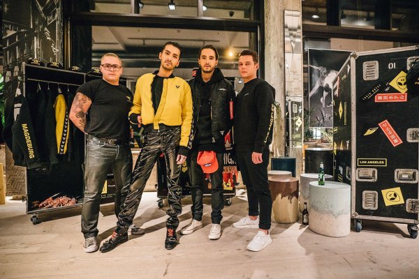 Tokio Hotel LosAngeles - Magdeburg Merchandise Collection Lookbook par Dominik Wilzok - Berlin November 2017