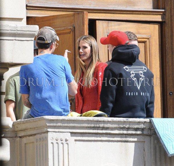 Tom avec Heidi, Bill & Andy, AGT's shooting à Pasadena le 25.03.2018