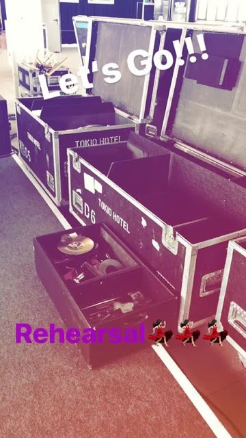 Georg Listing Instagram Story le 14.04.2018 - Allons-y!!! Répétition 💃💃💃