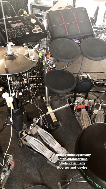 Gustav Instagram Story ler 18.04.2018 - Répétitions 🥁  - ❤️