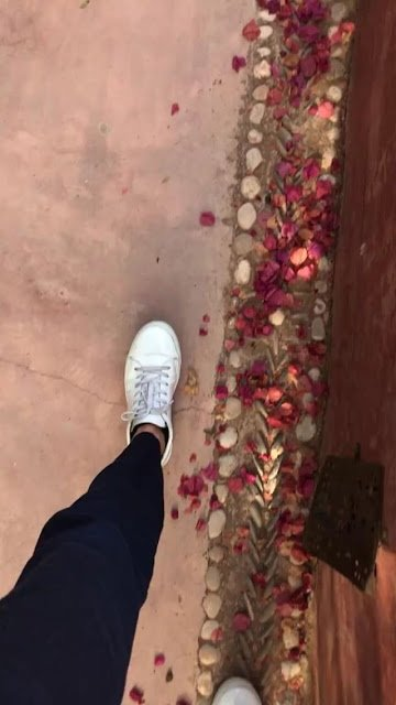 Bill Instagram Story le 10.07.2018 - 🌺- #marrakeching 🕌  - 🌿🌵🌴🌳 😎 - Tu te manques pour toujours ❤️