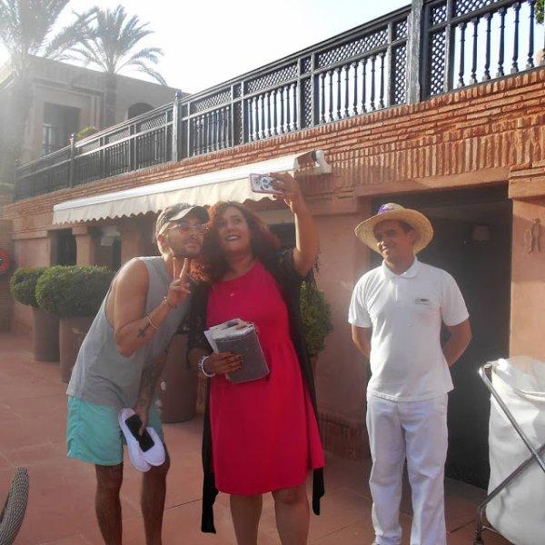 Bill avec une fan à Marrakech le 11.07.2018