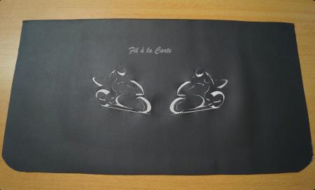 Broderie motos en miroir