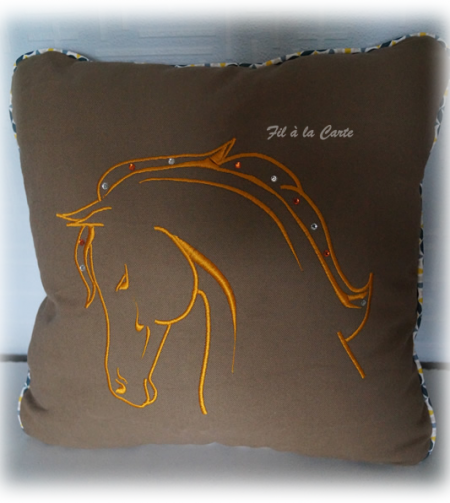 Coussin Cheval strass