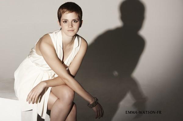 . Un nouveau photoshoot d'Emma réalisé par Alex James. .