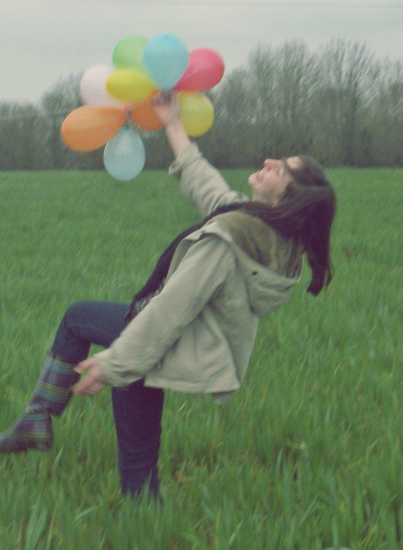Un sourire peut dire bien des choses , il peut signifier bonheur comme mensonge.