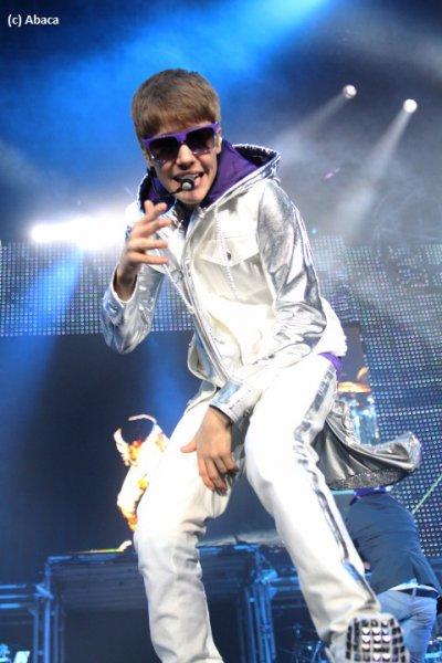 Justin Bieber : De fausses femmes de ménage s'invitent dans sa chambre d'hôtel !