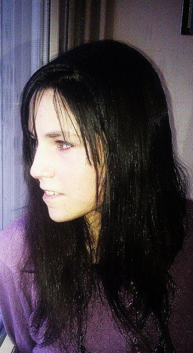 jm'appelle adeline j'ai 16 ans jhabite a Blanquefort (33)