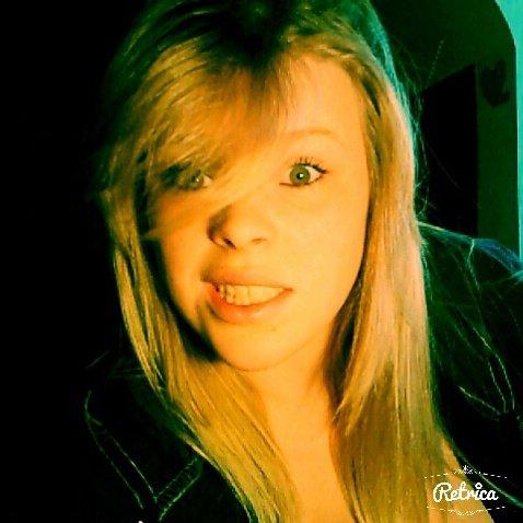 Même si tout ne va pas, il faut continuer a sourire :)