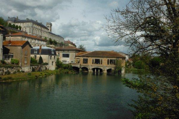 entre deux tours...Jardin et  Meuse bien sûr...