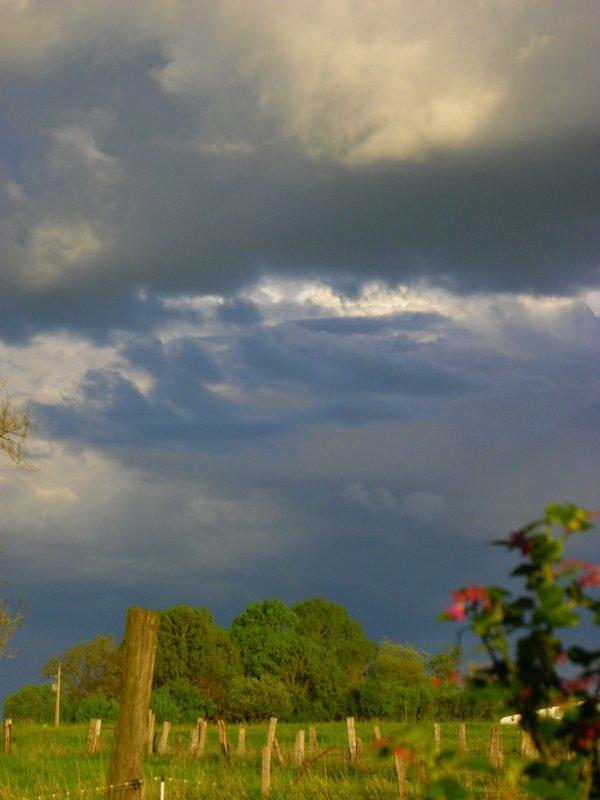 Entre deux pluies.