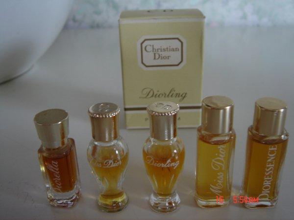 miniatures de parfum dior miss dior dioressence diorling blog de apple783. Black Bedroom Furniture Sets. Home Design Ideas