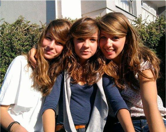 -Kim,Elise,et Juliette.