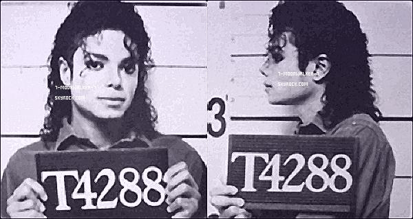 . Article collaboration : Flashback sur l'arrestation de Michael Jackson pour «  excès de vitesse » ! .  Scoop : Début 1987, Michael Jackson débute l'enregistrement de son nouvel album studio... Un jour alors qu'il était en destination pour son studio d'enregistrement, il se fait interpeler pour cause d'excès de vitesse qui lui valut quelques heures en garde à vue. Par ailleurs, il déclara que cette expérience fait partie de la vie normale. Edit : Il parlera de tout ça à Quincy Jones son producteur, il lui dit d'écrire ce qu'il en a pensé via une chanson. On obientra le fabuleux Speed Demon qui aujourd'hui figura sur l'album ! www.7-moonwalker-7.skyrock.com. Tous Droits Réservés. Copyright. © .   Avril 1988 ! Un article en collaboration avec le blog mybuttisyours.skyrock.com !