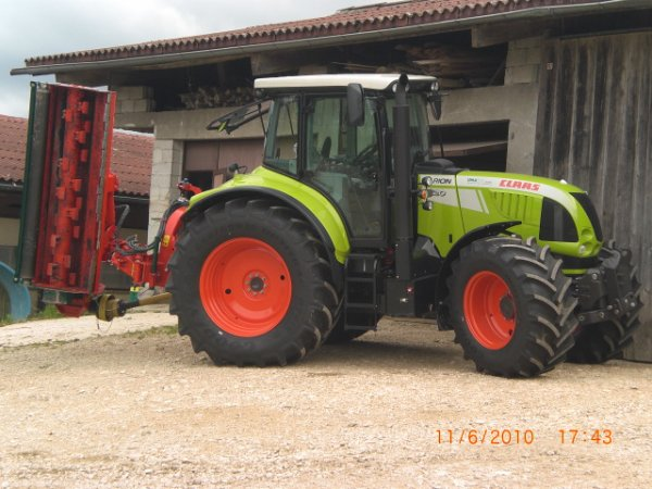 claas arion 620 demo avec epareuse laterale