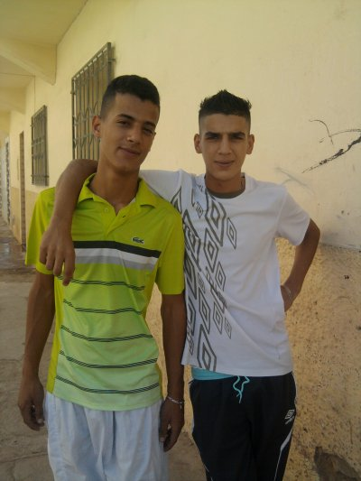 Moi AND wahiid