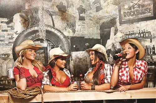 ****  Pinup Western (13)  ****