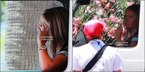 01/07 : Ashley s'offrait un déjeuner au drive « In-N-Out  Burger » à Studio City.Ashley quitta son domicile en compagnie de Scott très tôt le lendemain pour se rendre sur le lieu de la fête organisée en son honneur.