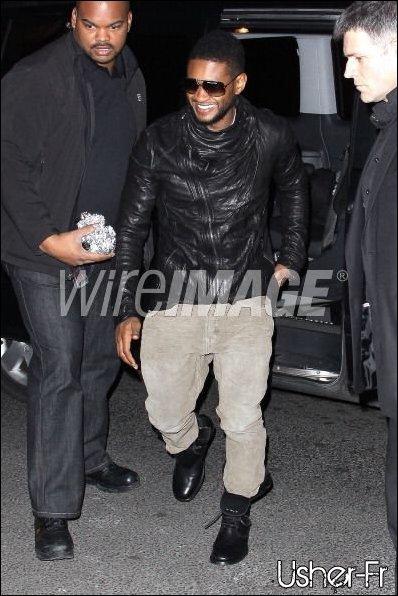 . 15/02/2011 : Usher arrive au VIP Room après son show a Bercy .