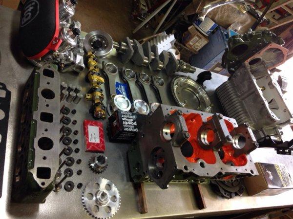 Mon futur moteur. Des détails à venir...