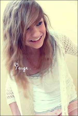 Paige - 18 ans - American - & Love ♥