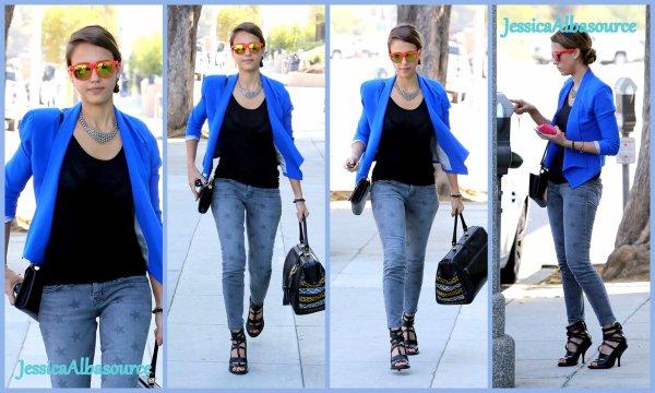 jeudi 16 août 2012 Jessica c'est rendu dans une reunion d'affaire à Beverly Hills