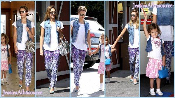 Jeudi 27 Septembre  Jessica  et Honor  aalnt déjeuner dans Beverly Hills+ des photos facebook
