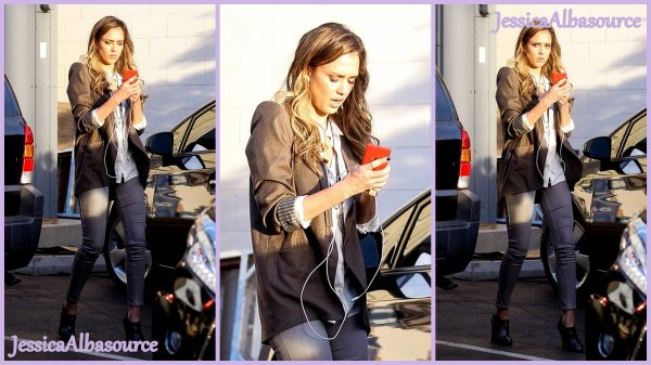 Mercre 14 Novembre Jessica quittant son bureau de santa-Monica.