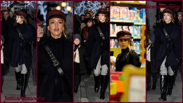 Lundi 3 décembre Jessica et Honor à Londres faisiat les magasin.