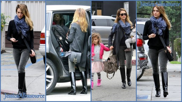 Samedi 8 Décembre Jessica ,Honor et Haven sont allées déjeuner à Beverly Hills