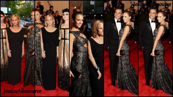 Lundi 11 mai Jessica  et Cash se sont rendus au  Costume Institute Gala à Ne York