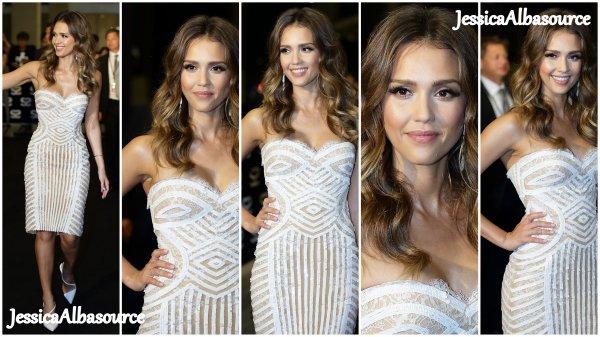Jeudi 23 mai Jessica s'est rendu à la cérémonie des Social Stars 2013 au Marina Bay Sands à Singapour
