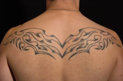 Tatouage Homme Dos Tribal 3dliveproject