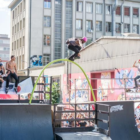 Jeremy Suarez a juste tué le Skatepark Sévelin urban féstival 2016  avec ce Fishbrain de folie!