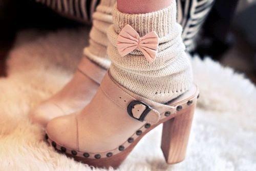 des jolies chaussures  ( il y a de tout )