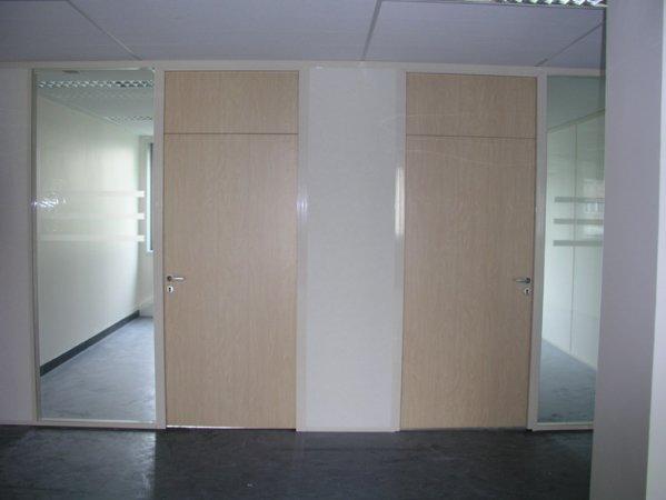 porte bois imposte filante panneaux double vitrage store int gr alu deco raiss. Black Bedroom Furniture Sets. Home Design Ideas