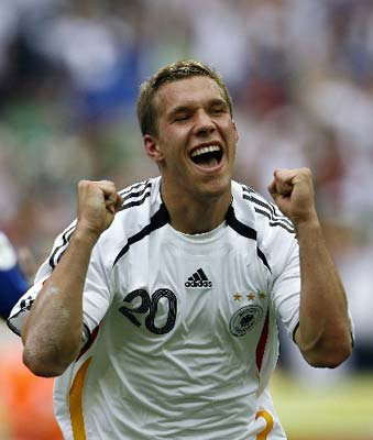 Podolski répond à Kroos