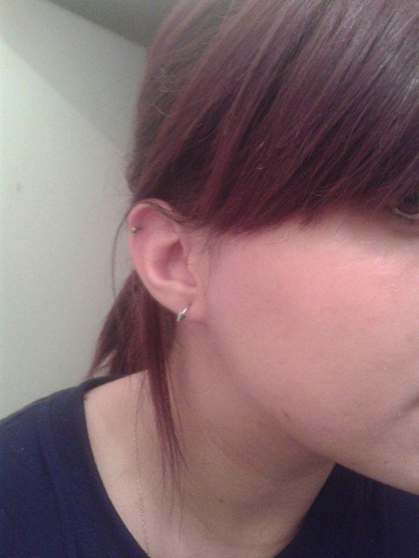 mon petit nouveau <3 cartillage de l'oreille droite :)