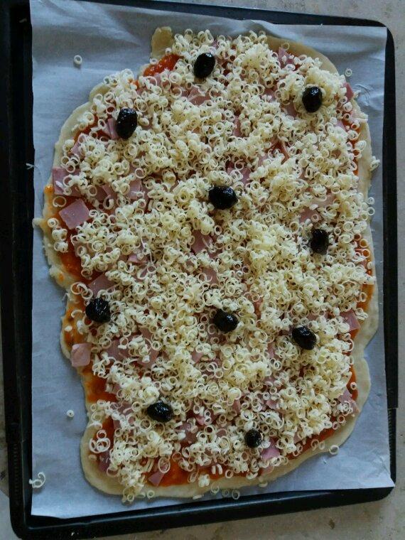 Jérôme tu m'as fait envie ce soir  pizza hi! hi!hi!