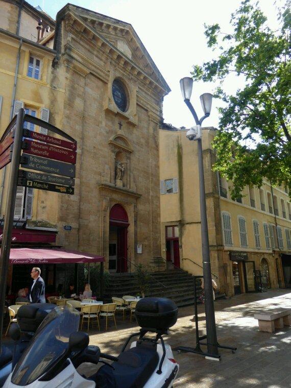Promenade avec le petit train d'Aix  en Provence
