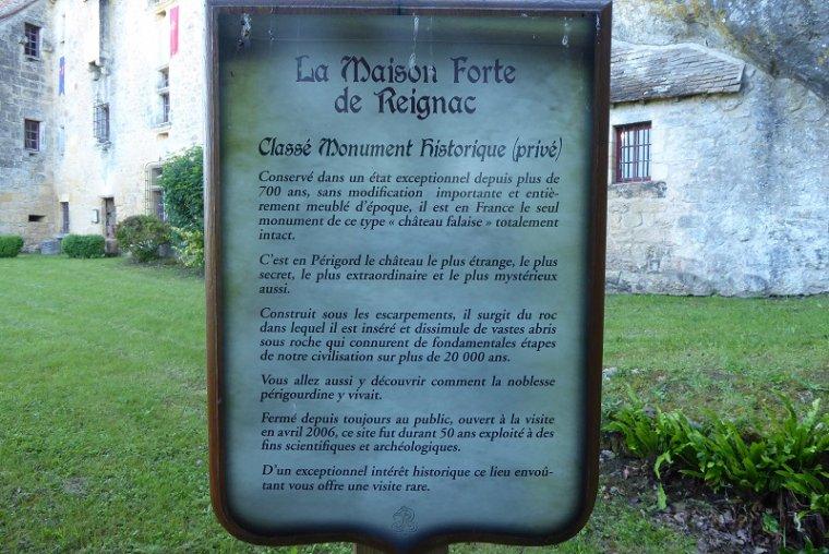 LA MAISON FORTE DE REYGNAC