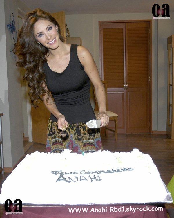 Anahi Giovanna - DOS HOGARES