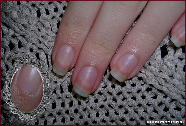 #. Mes ongles > 3-4 mm.