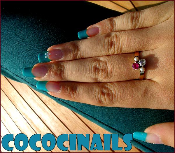 #. Nail Art > French colorée pour la rentrée