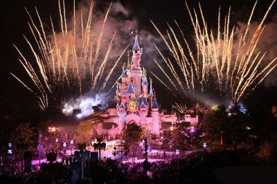 Nouveaux ! L'émotion et la magie d'un Noël de Contes de Fées à Disneyland Paris News !
