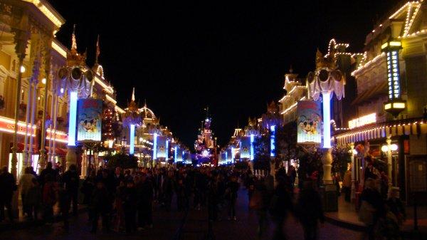 Lumière Disneyland Parc !